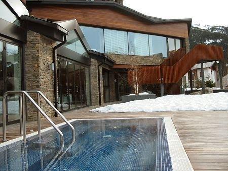 H tel piolets park soldeu andorre domaine de ski de for Piscine andorre
